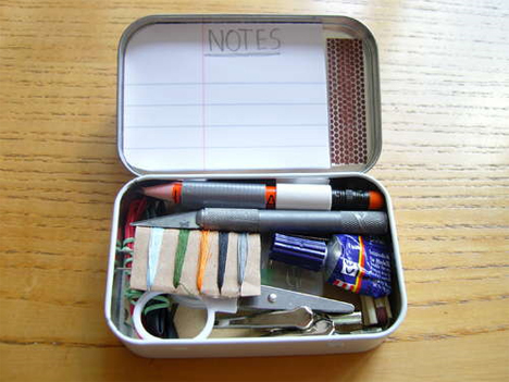 DIY Altoid Tin