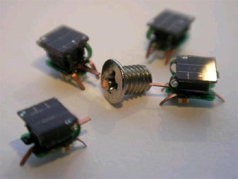 solar powered tiny robots