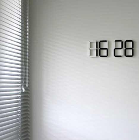 Press for Time Beautifully Minimalist Wireless OLED Clock