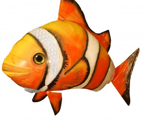 Scarily realistic fish balloon toys terrorize pets for Swimming fish cat toy