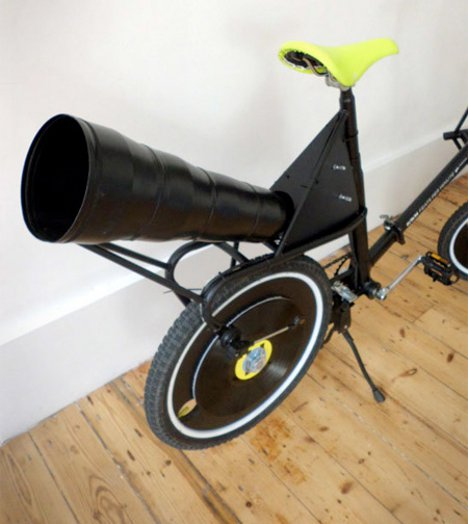 Venturing Victrola Bike Plays Sweet Music From Its Wheels