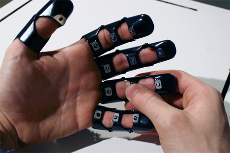 A Handy Thought: Will Gadgets Become Part of Our Bodies? | Gadgets, Science  & Technology