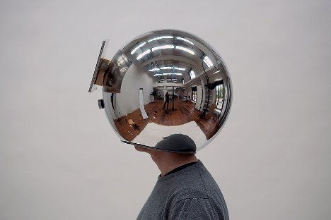 reflective slow motion helmet