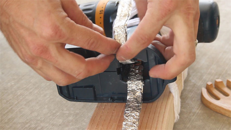 hand crank DIY phone charger