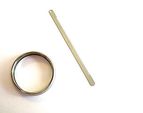 ring with hidden saw