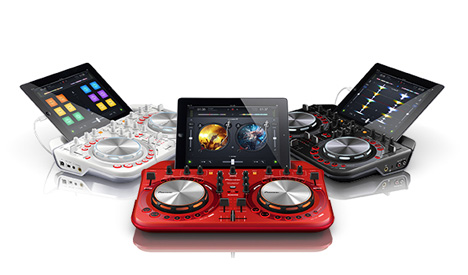 scratch your dj itch with pioneer s new portable dj system gadgets science technology. Black Bedroom Furniture Sets. Home Design Ideas