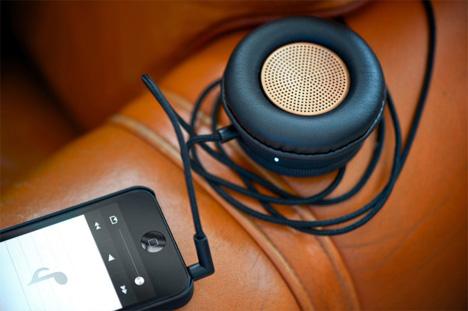 hands-free speaker and handset