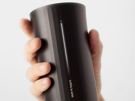 smart drinking cup analyzes contents