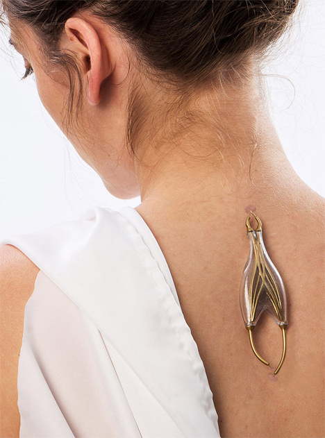 jewelry powered by human bodies