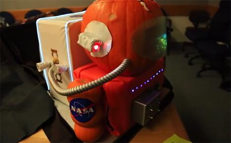 astronaut jack o lantern