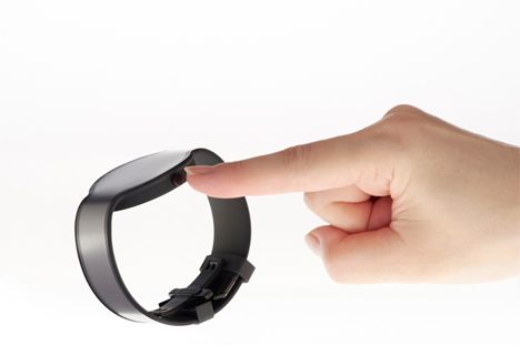 electronic paper display changing watch