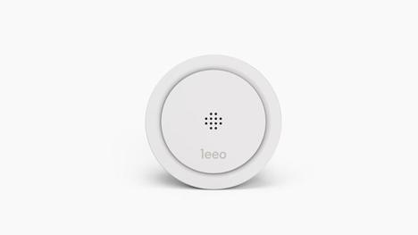 leeo smart alert nightlight and emergency detector