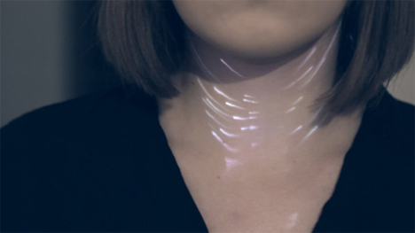 neclumi light projected necklace