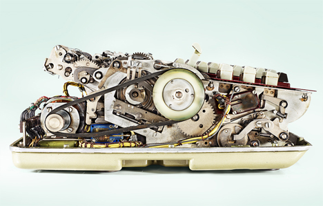 13 uncovered old calculator insides