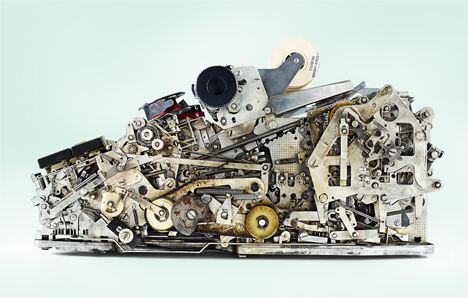 8 working parts old mechanical calculators