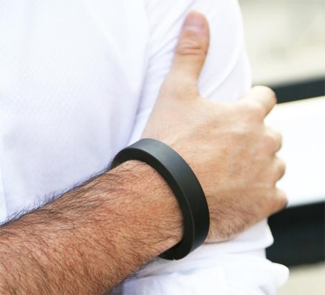 qbracelet wearable phone charger bracelet