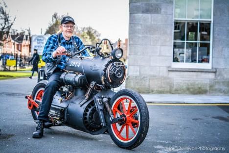 Locomotive Motorcycle: Steam-Powered Engine Drives Bike