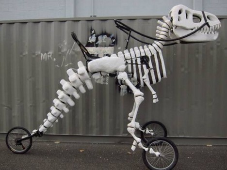 moving sculpture t rex trike