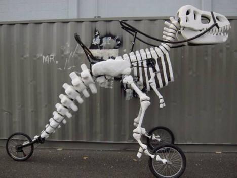 moving sculpture t rex trike