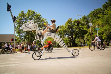 t rex moving sculpture bike