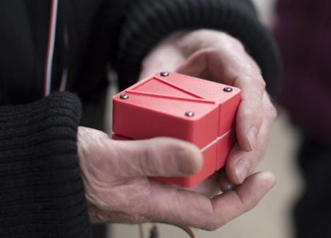 animotus shape shifting navigation device
