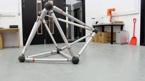 morphs roving robot