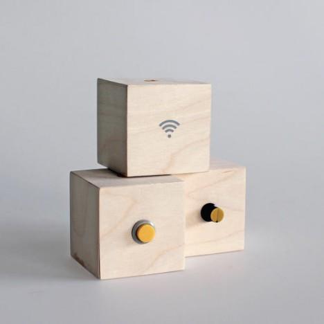 kinetic box button
