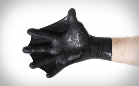 hand swimming assistance gloves