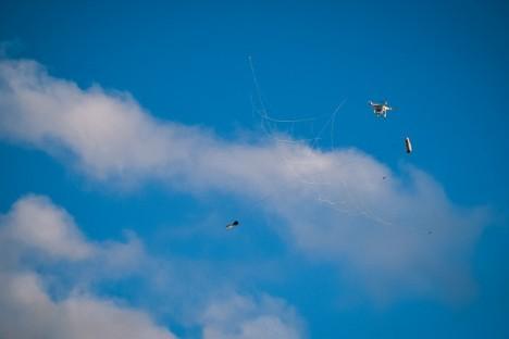 drone net snare gun
