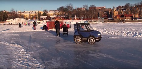 pod driving on ice